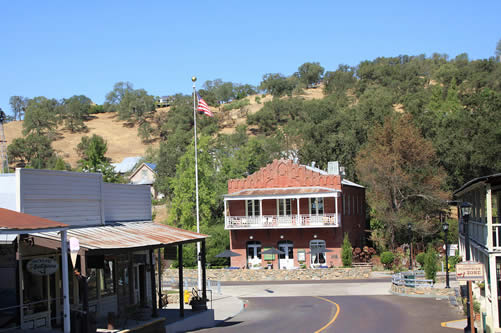 sutter creek lodging imperial hotel and restaurant bed and breakfast in amador city